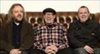 Punkklassiekers herwerkt met Adrian Edmondson and the Bad Shepherds.