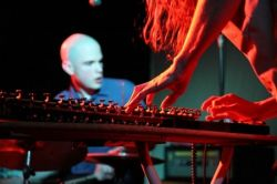 Flower-Corsano Duo (foto: Paul Blakemore)